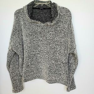 Ambience pullover with hoodie